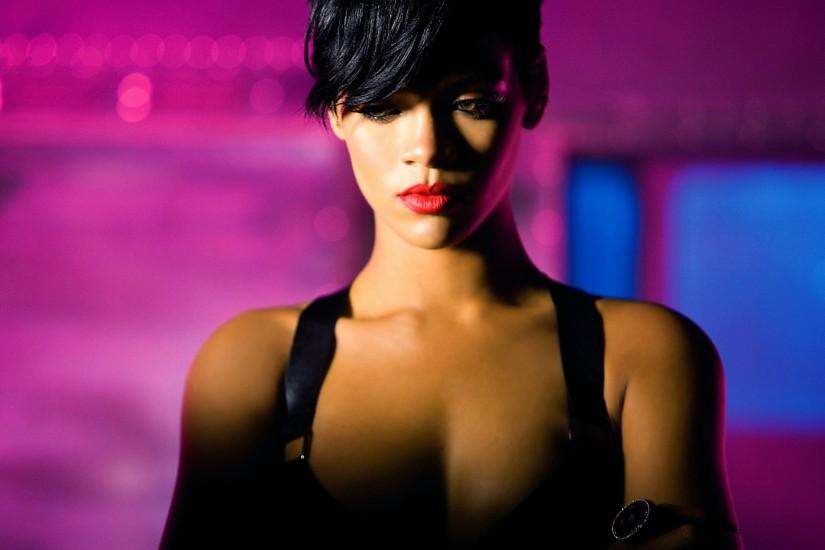 free download rihanna wallpaper 2000x1250 for android tablet