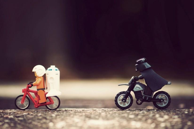 Darth Vader Chasing Luke Skywalker And R2-D2 Wallpaper