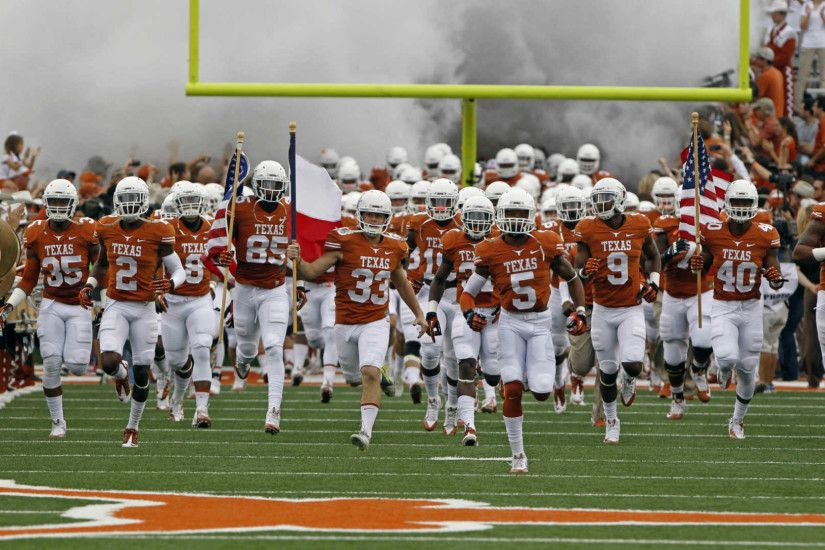Longhorn football media guide misspells Texas | NCAA Football | Sporting  News