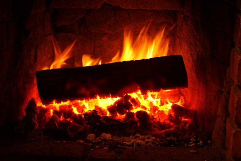 3840x2160 Wallpaper fireplace, wood, embers, fire