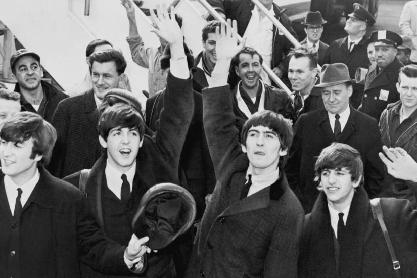 Preview wallpaper the beatles, band, members, suits, joy 1920x1080