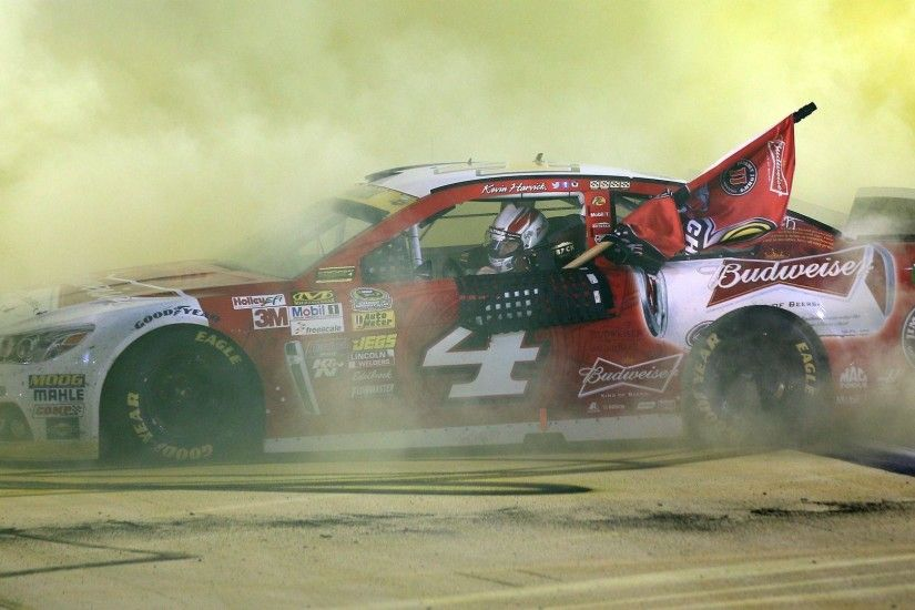 NASCAR Sprint Cup odds - Books differ on 2015 favorite | The .