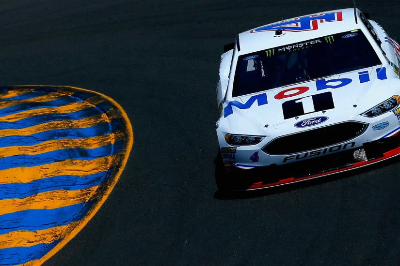 NASCAR results at Sonoma: Kevin Harvick pulls away late to end winless  drought | NASCAR | Sporting News