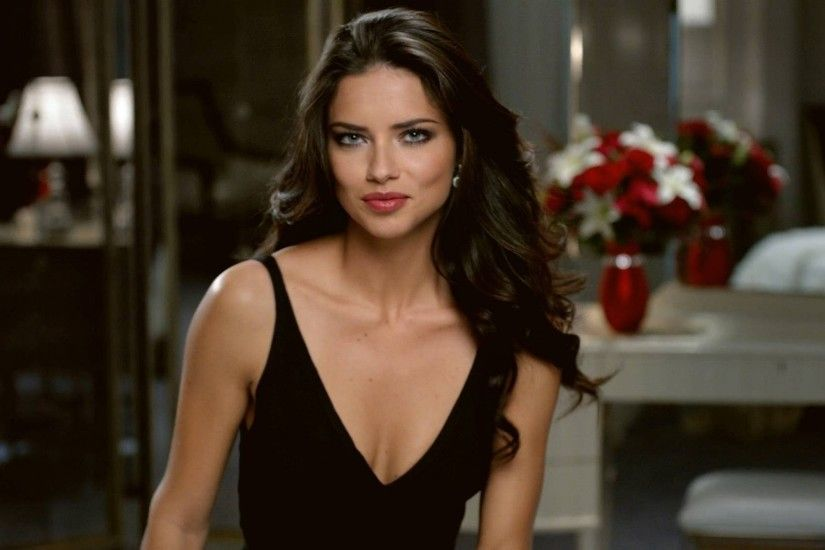 Adriana Lima HD Wallpaper | Hintergrund | 2560x1440 | ID:383113 - Wallpaper  Abyss