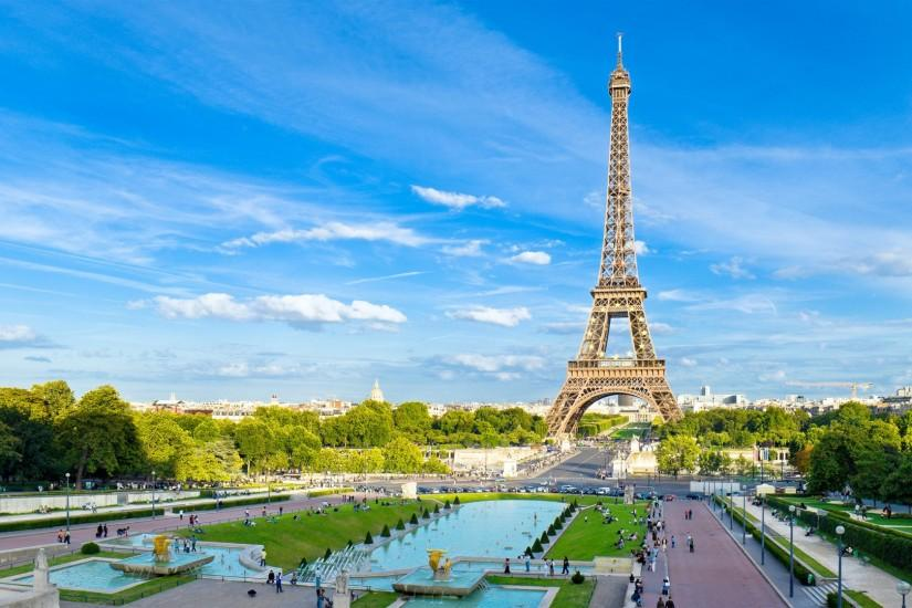 Amazing hieght eiffel tower hd wallpapers free download.