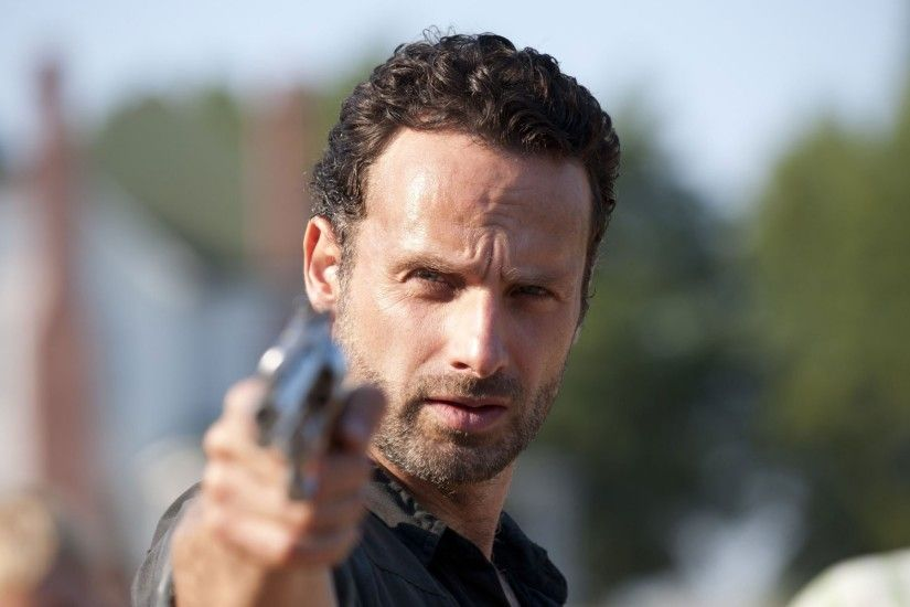 the walking dead the walking dead tv series serial zombie zombie rick  grimes rick grimes andrew