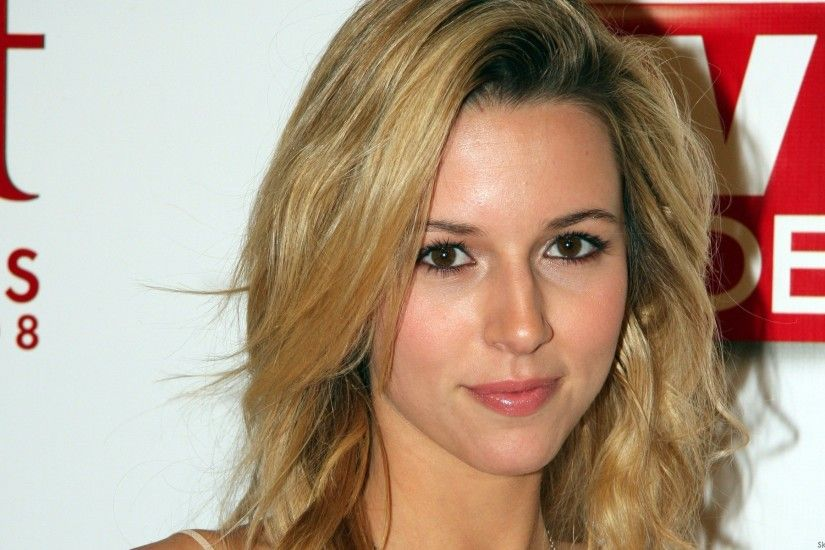 Alona Tal - 1920x1200 Muchas chicas hermosas wallpapers widescreen