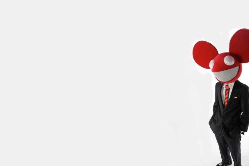 Smile wallpaper preview wallpaper deadmau5 suit man mouse smile 2560x1440 voltagebd Choice Image