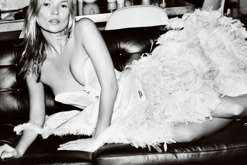 Kate Moss Chanel Wallpaper