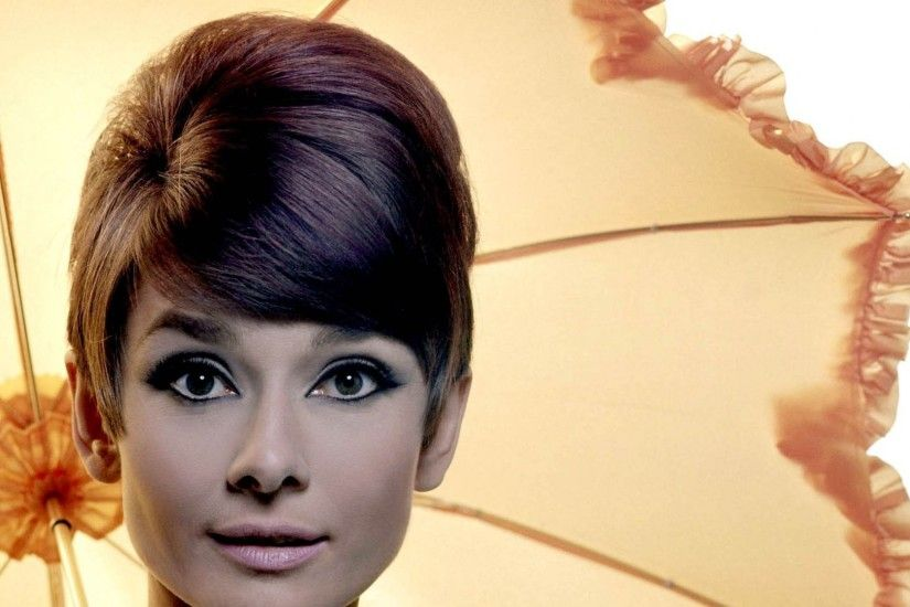 Audrey Hepburn Desktop Backgrounds