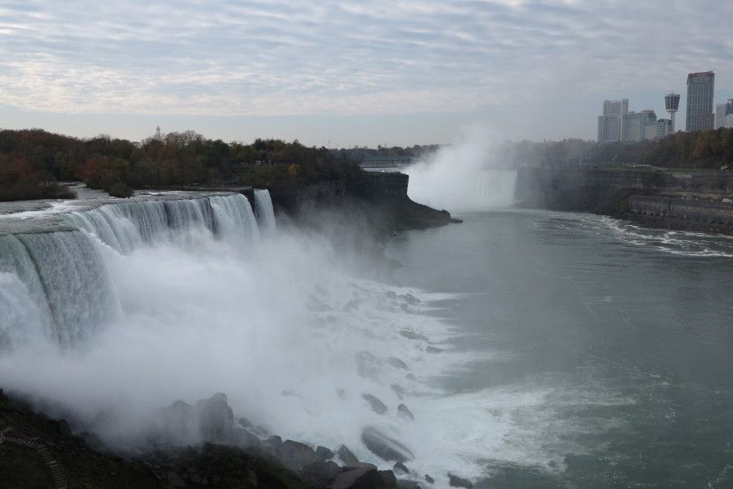 The American Falls observed from Prospect Point on the US side, the mist  from Horseshoe