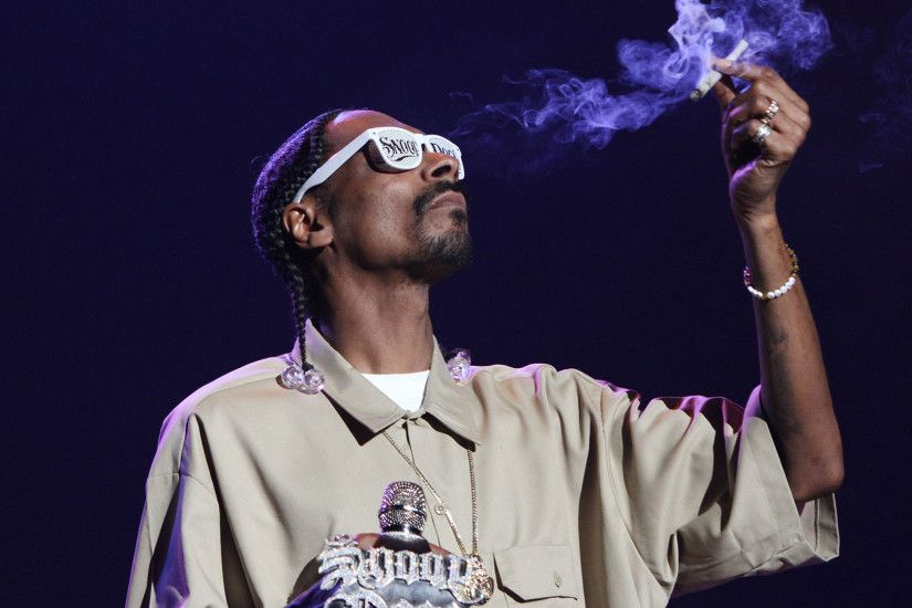 Snoop Dogg backdrop wallpaper