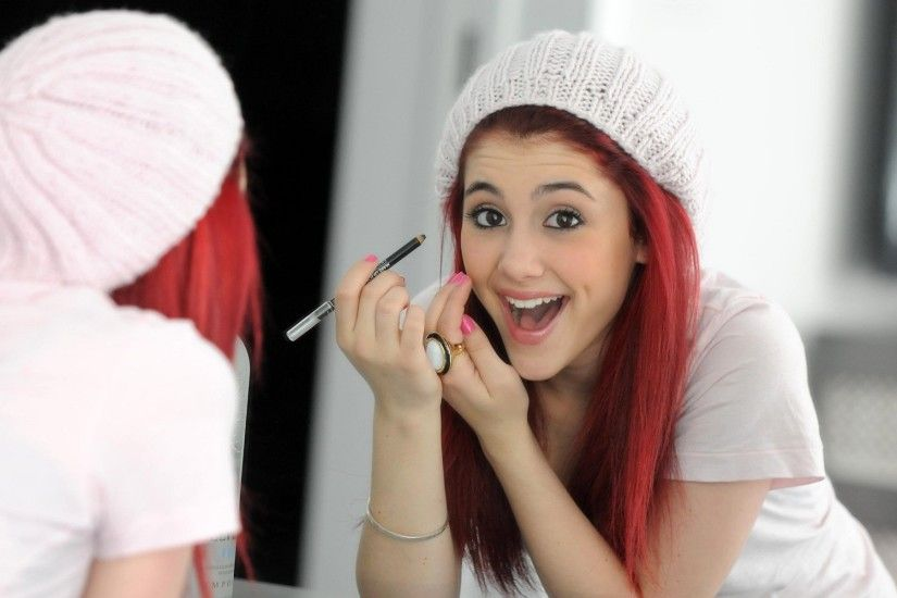 Ariana Grande very pretty and cute new wallpapers