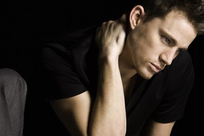 Channing Tatum Sitting In Black T-Shirt