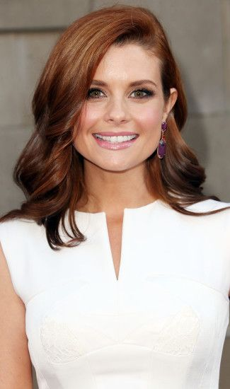 Photo Gallery of Joanna Garcia Hairstyles