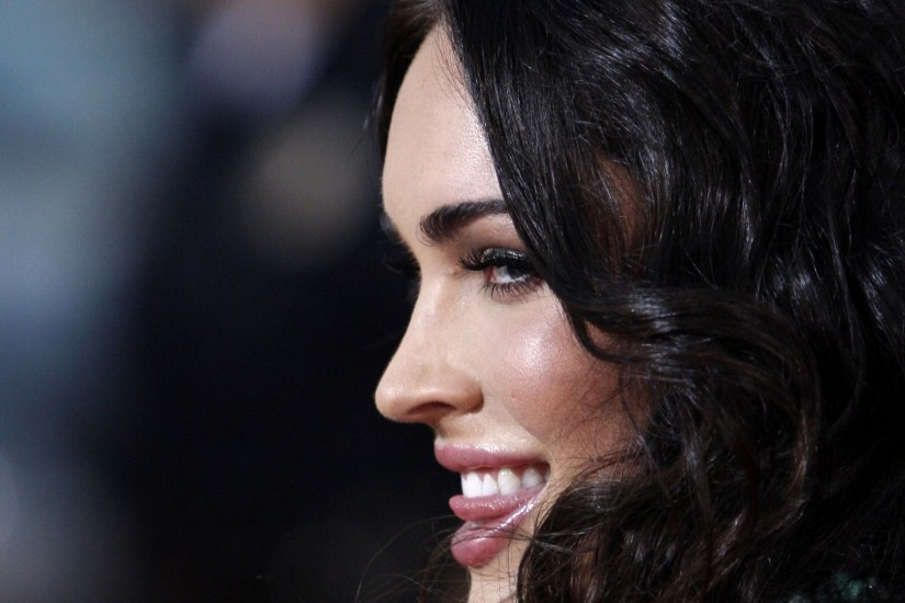 Megan Fox Eagle Eye Premiere wallpaper - 871880