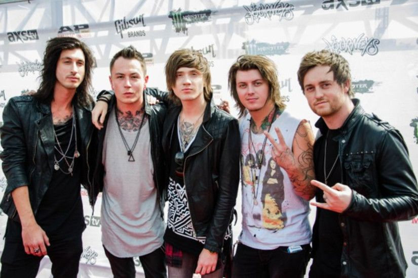 ... Asking Alexandria Enters Loudwire's Cage Match Hall of Fame » ...