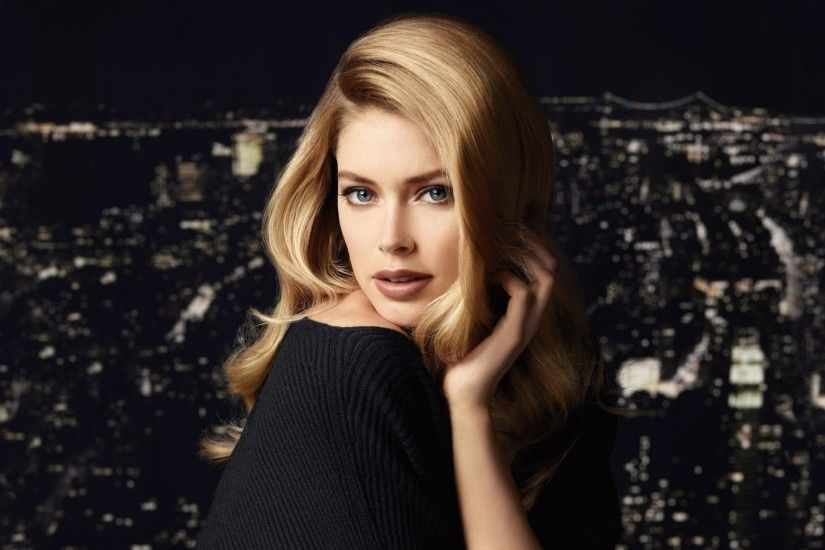 ... Doutzen Kroes HD Wallpaper 2560x1440
