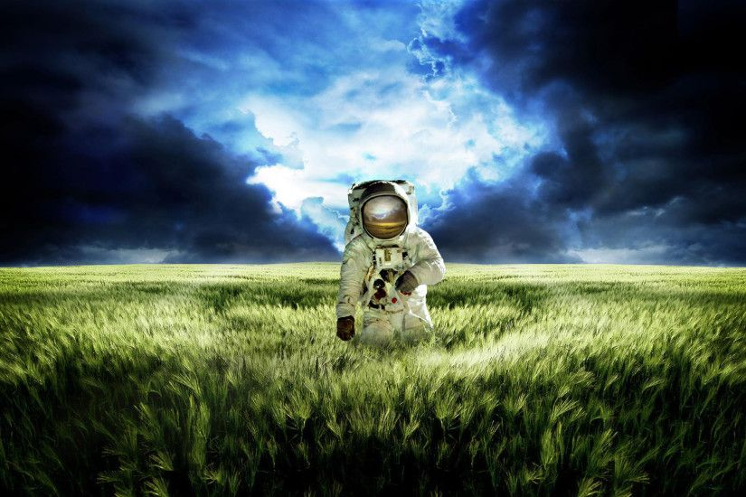 Cool Astronaut Wallpapers