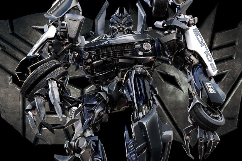 First look at Decepticon Barricade in Transformers: The Last Knight |  Flickreel