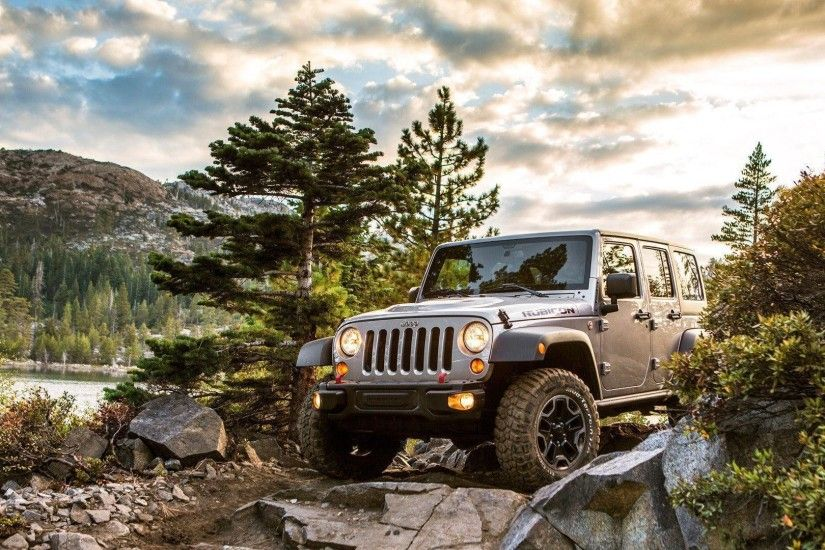2013 Jeep Wrangler Wallpaper #