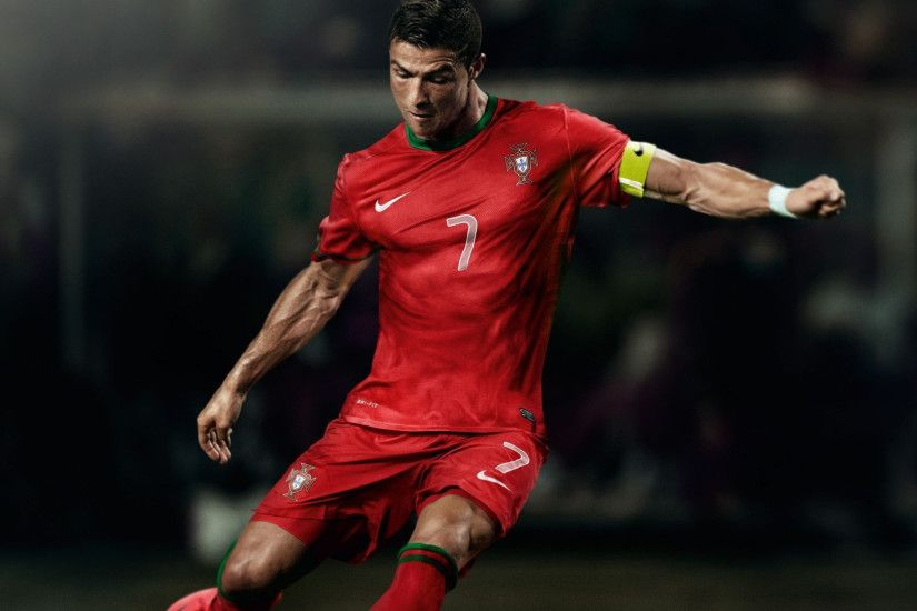 Download Free HD p Wallpapers of Cristiano Ronaldo