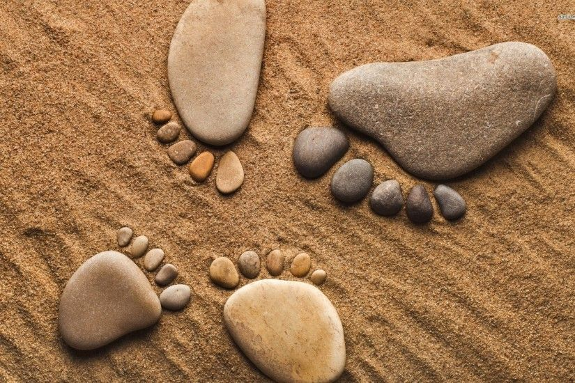 Footprints Made Of Pebbles 709402