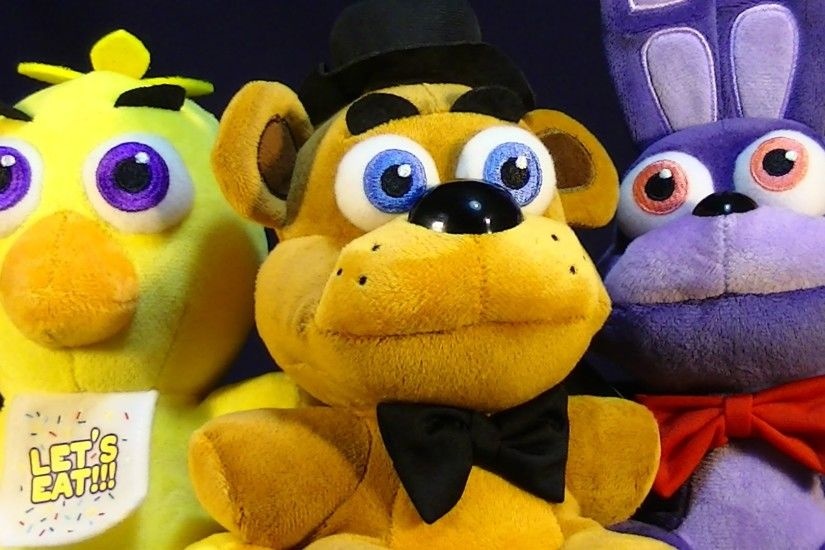 FUNKO FIVE NIGHTS AT FREDDY'S PLUSH STUFFED ANIMAL REVIEW - BONNIE, CHICA,  FREDDY, FOXY, AND GOLDEN - YouTube