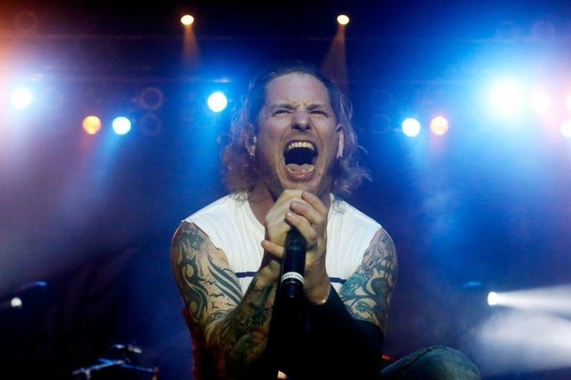 REVIEW: Stone Sour (and injured singer) survive at Sands Bethlehem Event  Center with hard rock, surprising sentiment - The Morning Call