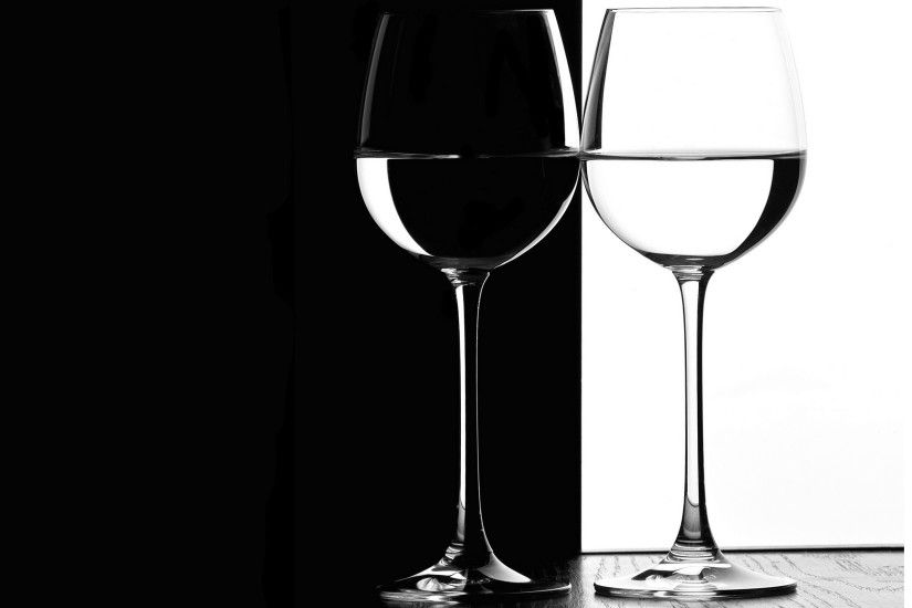 Black and white Wine glasses