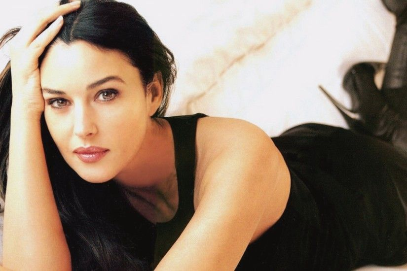 Monica Bellucci Monica Bellucci ...
