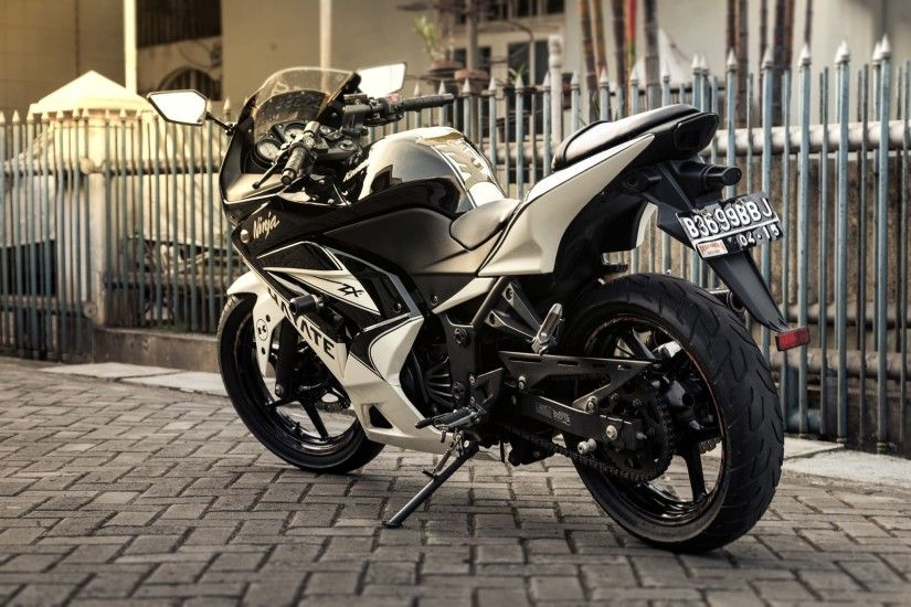 Kawasaki Ninja 250r Wallpapers, Images and Pictures High Quality