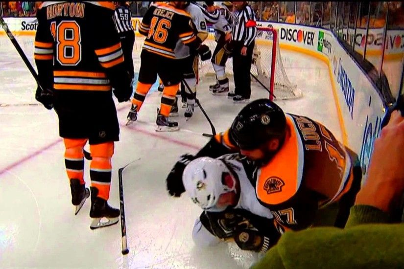 Milan Lucic vs Matt Cooke Behind the Net - June 5 2013 HD Game 3 - YouTube