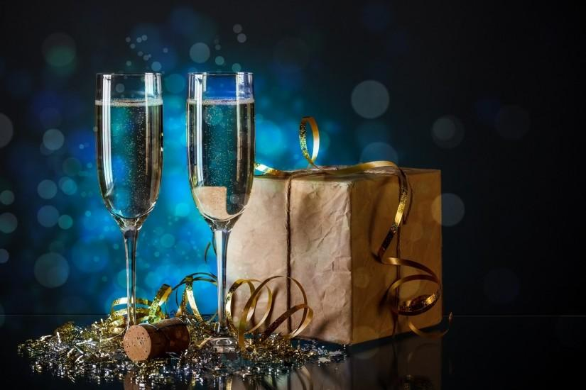 ... New Year's Eve Gift Box And Champagne Glasses Blue Macro HD wallpaper  for free