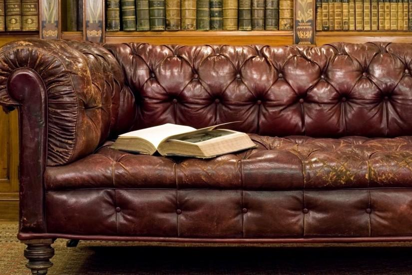 Preview wallpaper antiques, library, bed, book, books, old, style 1920x1080