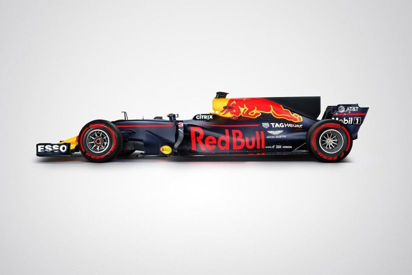red-bull-racing-rb13-side