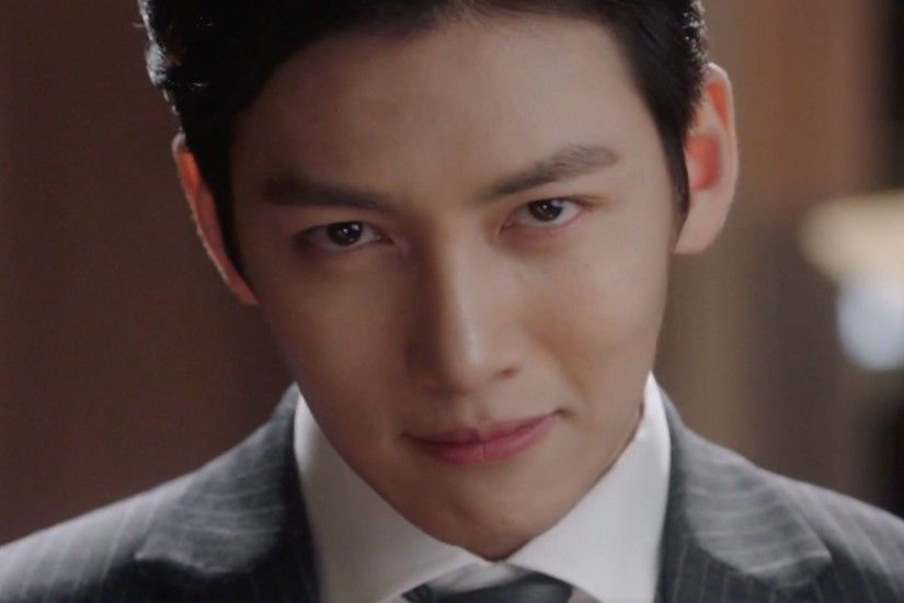 "Ji Chang Wook Shows Off His Detective Skills In New Stills From ""Suspicious  Partner"""