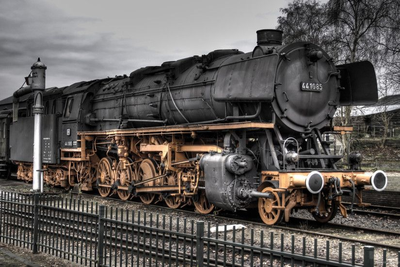 Golden Train HDR for 1920x1080