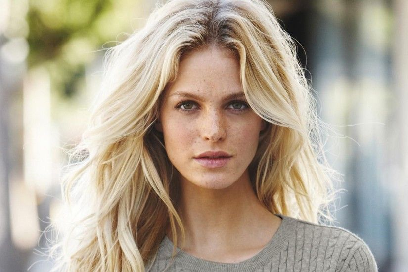 3840x2160 Wallpaper erin heatherton, actress, blonde, sweater