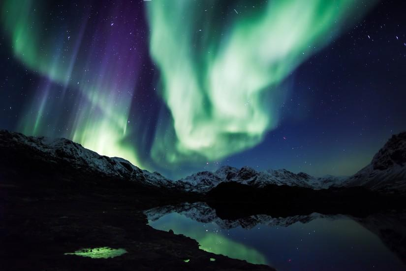 popular northern lights wallpaper 2560x1600
