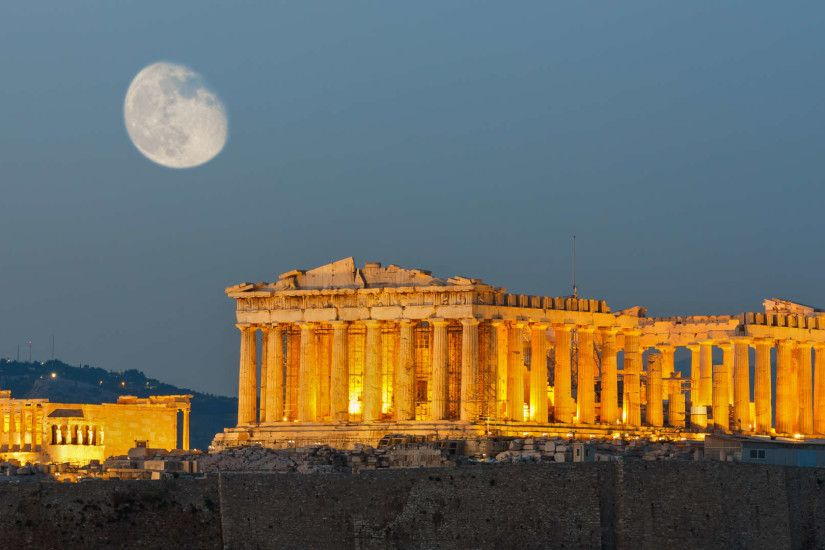 The Parthenon With Night Light