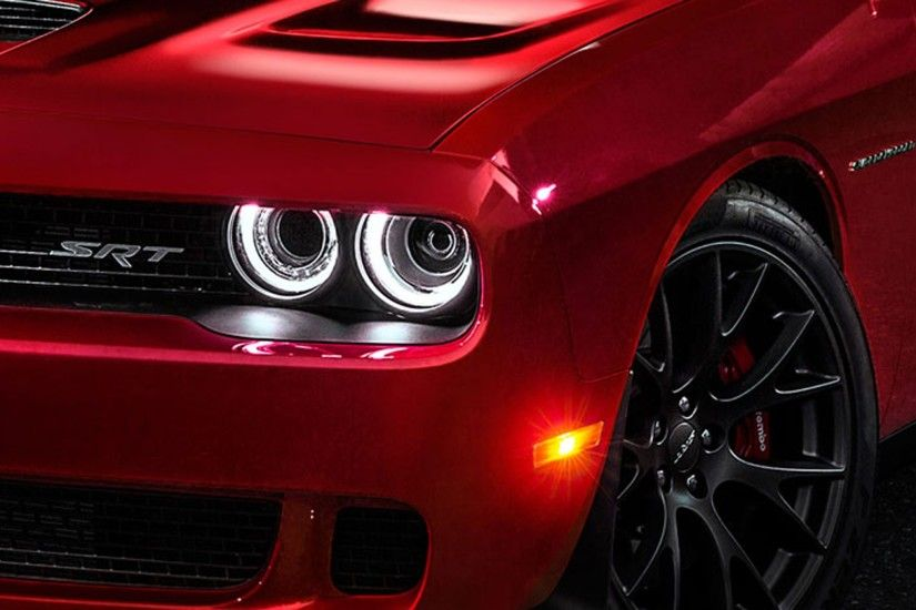 2015 Dodge Challenger SRT8 Hellcat Headlight Wallpaper