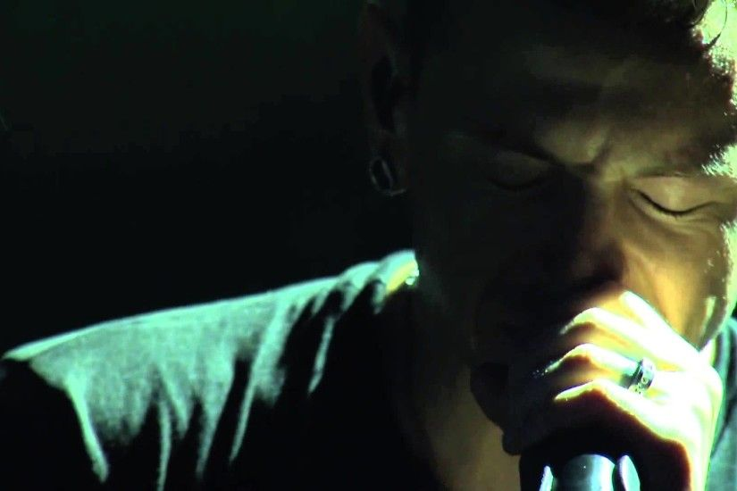 Rolling In The Deep Cover Chester Bennington - YouTube
