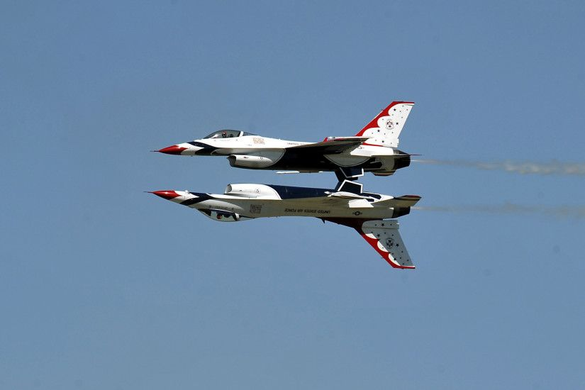 Military - Air Show U.S.A.F. Thunderbirds Wallpaper
