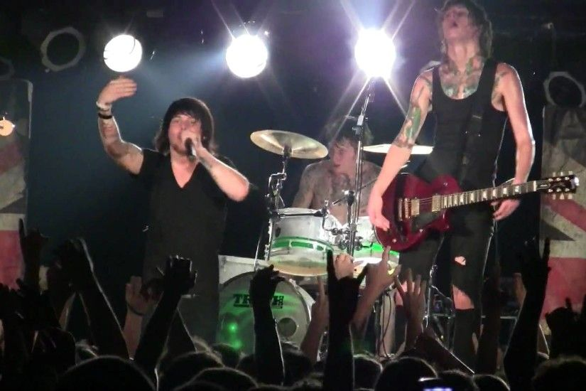 2010.06.01 Asking Alexandria - A Prophecy (Live in Milwaukee,WI) - YouTube
