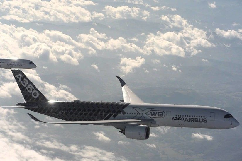 Airbus A350 XWB - 5 Aircraft Formation Flight with Air to Air .