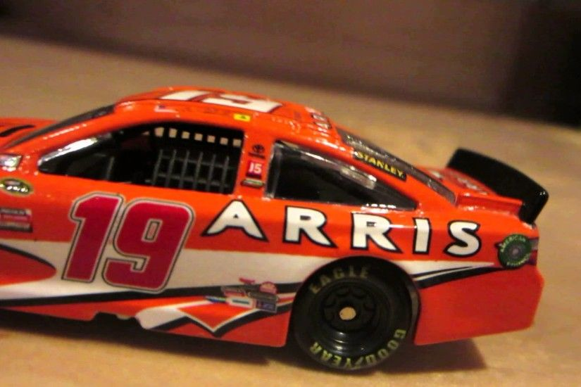 Nascar Diecast Review: Carl Edwards 2015 Arris Toyota 1:64 Scale - YouTube