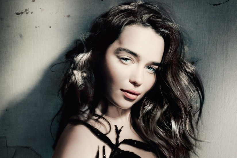 wallpaper.wiki-Emilia-Clarke-Backgrounds-PIC-WPC004243