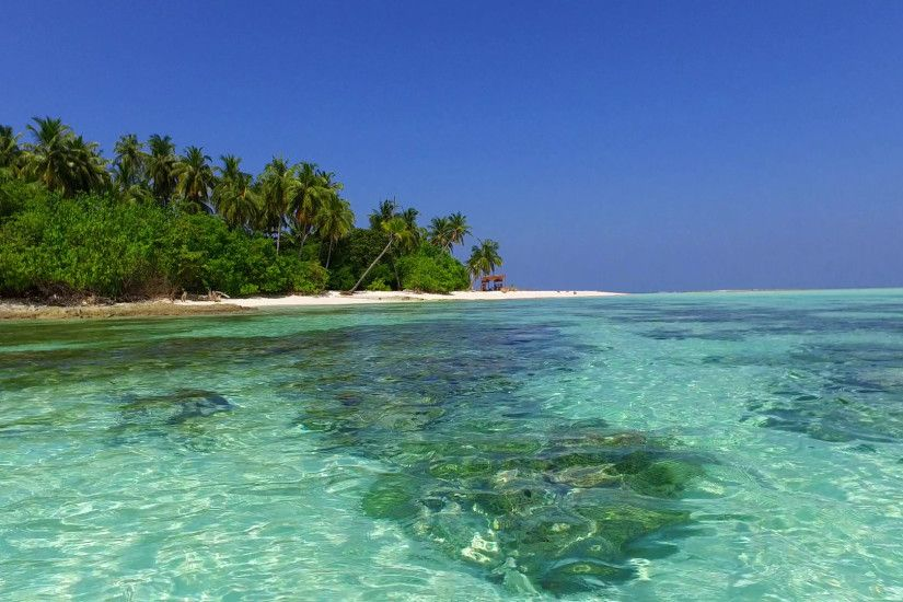 v01606 Maldives beautiful beach background white sandy tropical paradise  island with blue sky sea water ocean
