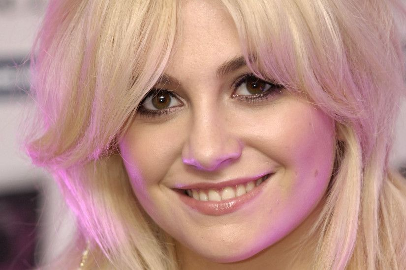 Music - Pixie Lott Wallpaper